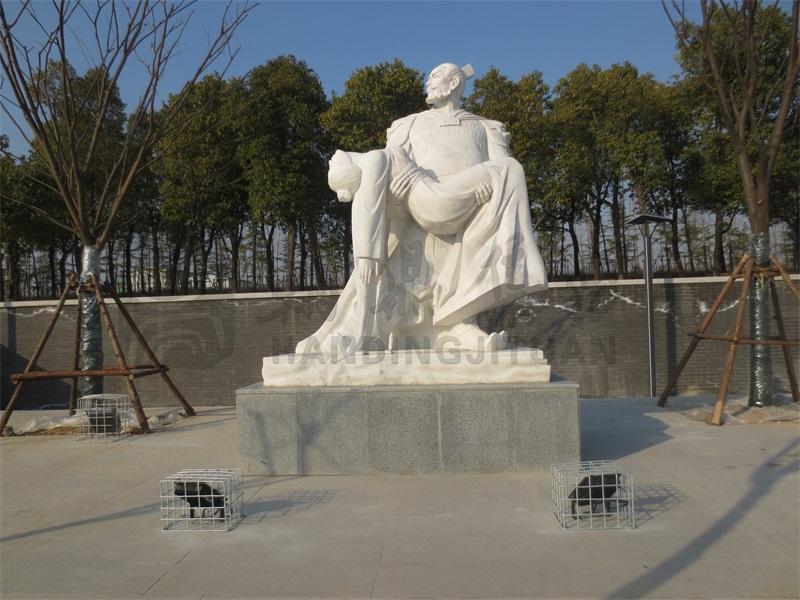 《霸王别姬》  地点:安徽宿州   材质:汉白玉   规格:高2.5米.jpg
